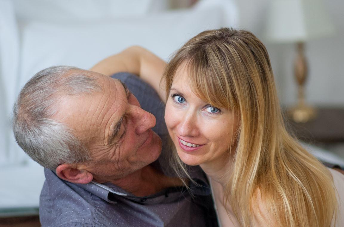 Senior Position Sexe