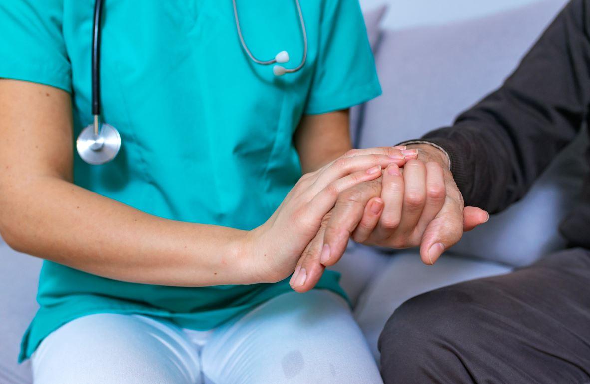 Bientraitance Senior En Milieu Hospitalier