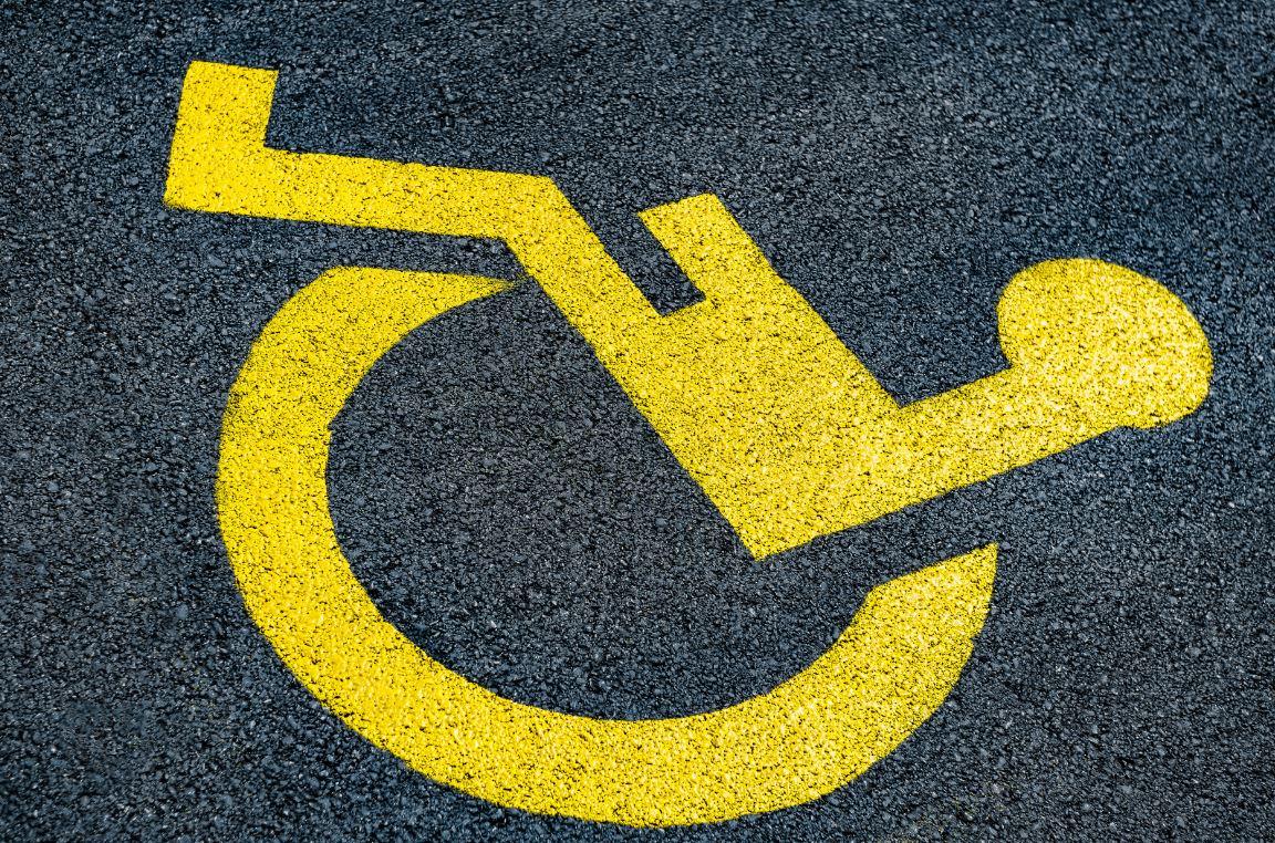 Priorite Personne Age Handicap