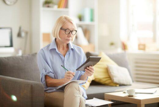 Femme Senior Calcul Retraite Complementaire