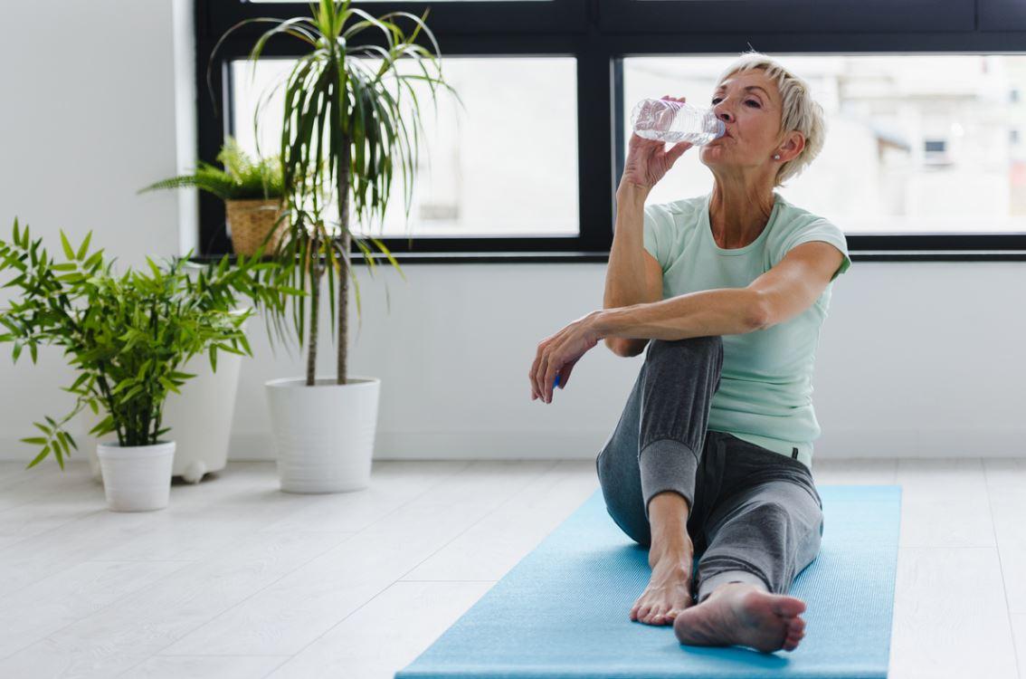 Senior Sport Hydratation Ventre Plat
