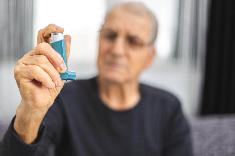 Asthme Senior Inhalateur