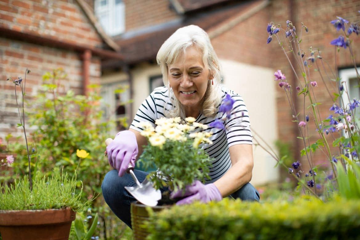 Femme Senior Jardine